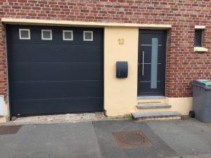 hublots inox porte garage sectionnelle